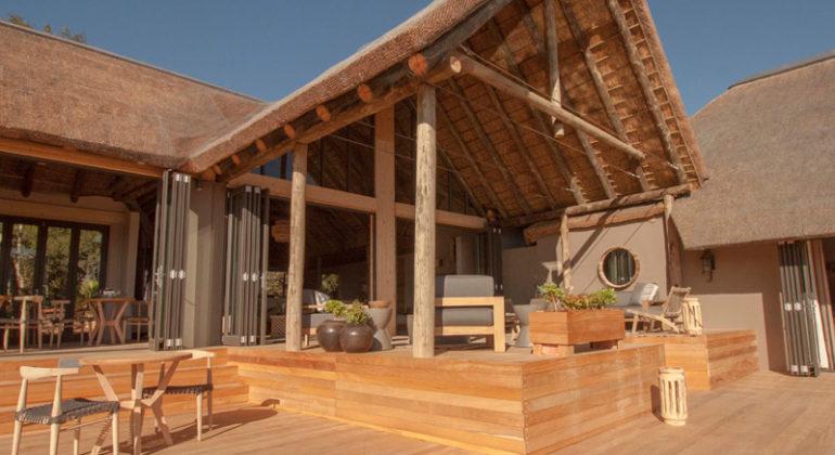 Amakhala Bukela Game Lodge Deck