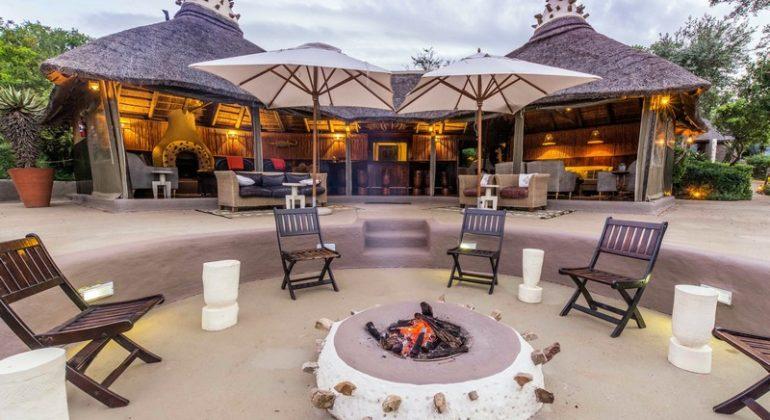 Amakhala Safari Lodge Campfire