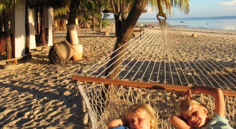 Bahari View Lodge Beach