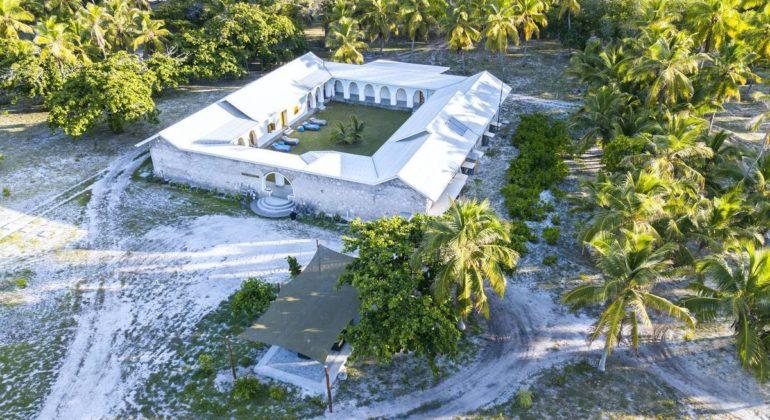 Blue Safari Seychelles Astove Lodge