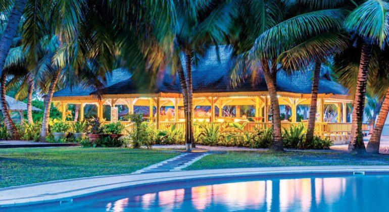 Blue Safari Seychelles Pool