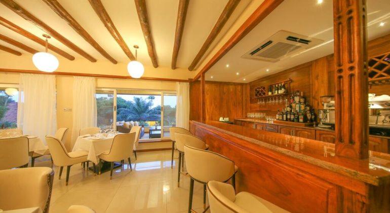 Hotel No 5 Bar