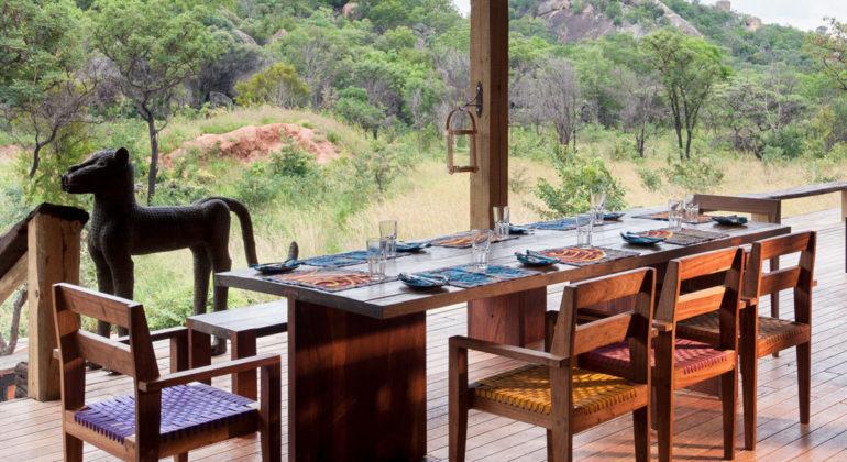 Khayelitshe House Dining