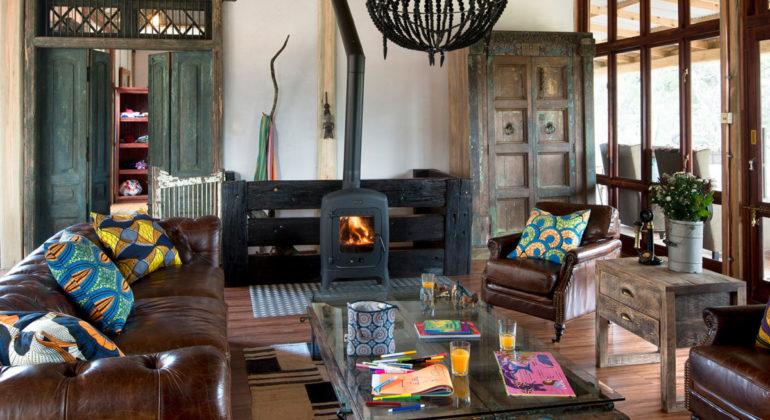 Khayelitshe House Sitting Area