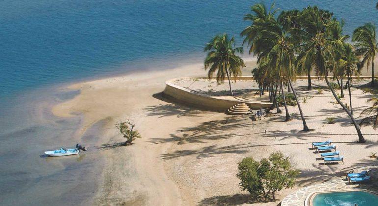 Manda Bay Beachside View
