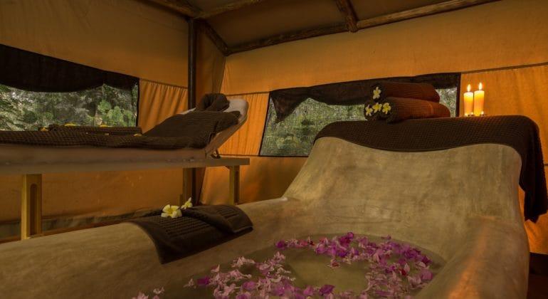 The Massage Hut Custom Fit Bathtub