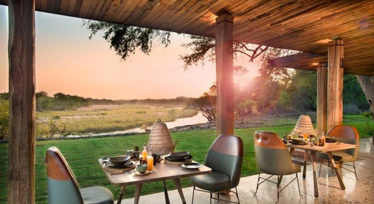 Tengile River Lodge Dining