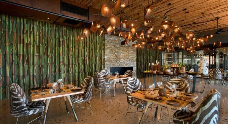 Tengile River Lodge Dining Area