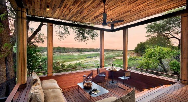 Tengile River Lodge Suite Deck