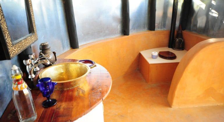Tumaren Bath