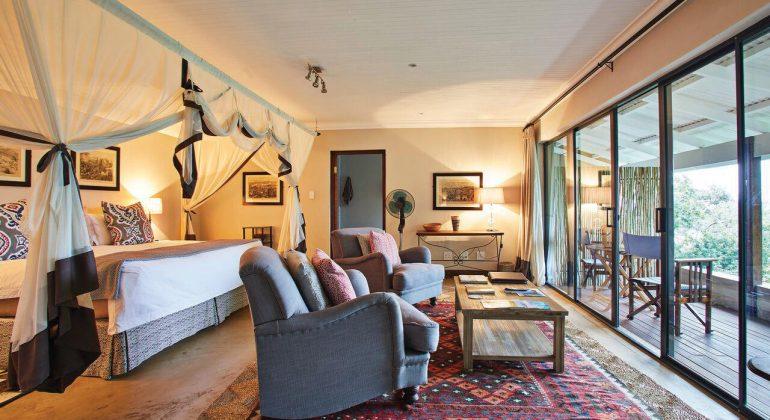Fugitives' Drift Lodge Lounge