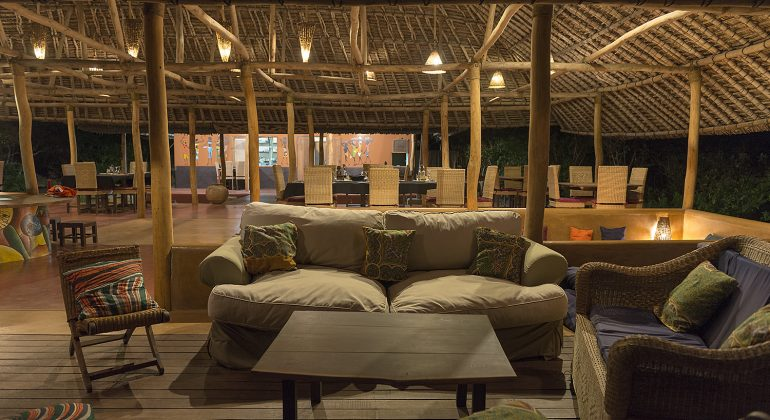 Nuarro Lodge Lounge